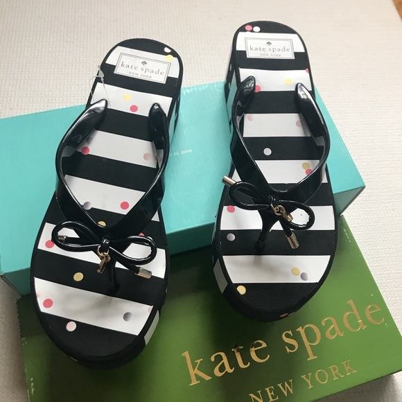21802ea7236f 🎀Kate Spade Rhett Polka Dots Flip Flops NEW